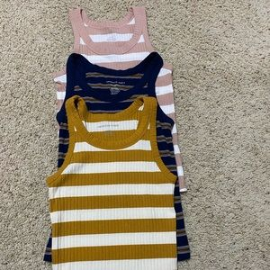 American eagle ribbed tank top bundle. Small